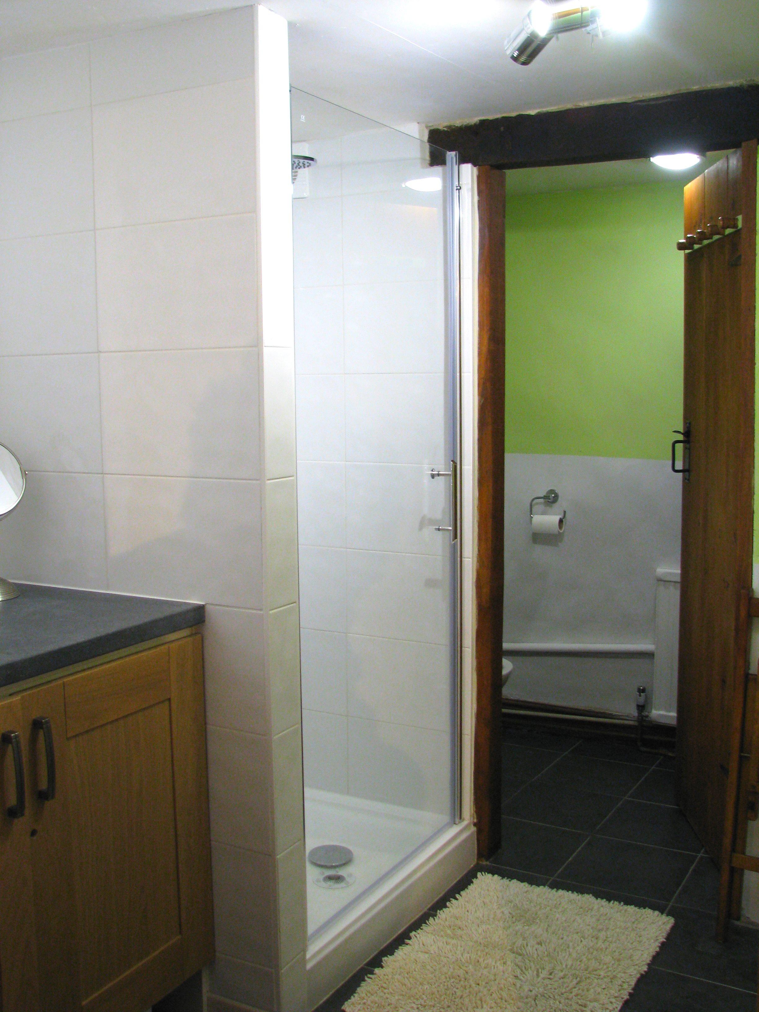 sweetheart_bathroom_1